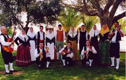 ----- FEMEFOLK (Federació Menorquina de Grups Folklòrics) -----(4)